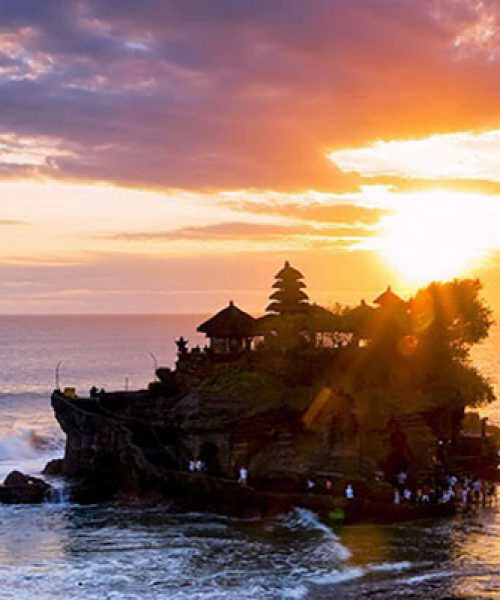 seeingbali-tanah_lot_temple_with_sunset_view-37